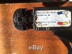 AMP Inc. 59250 T-Head Hand Ratchet Crimper Crimping Tool Red Blue 24-20/20-16