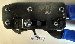 DuPont HT208A Hand Crimp Tool