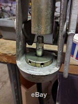 SYNFLEX 4530 C9211 Hose Hand Swager Eaton Machine Crimper Tool