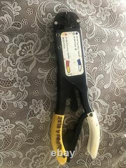 TE Connectivity T-HEAD Portable Crimping Hand Tool CERTI-CRIMP, PIDG